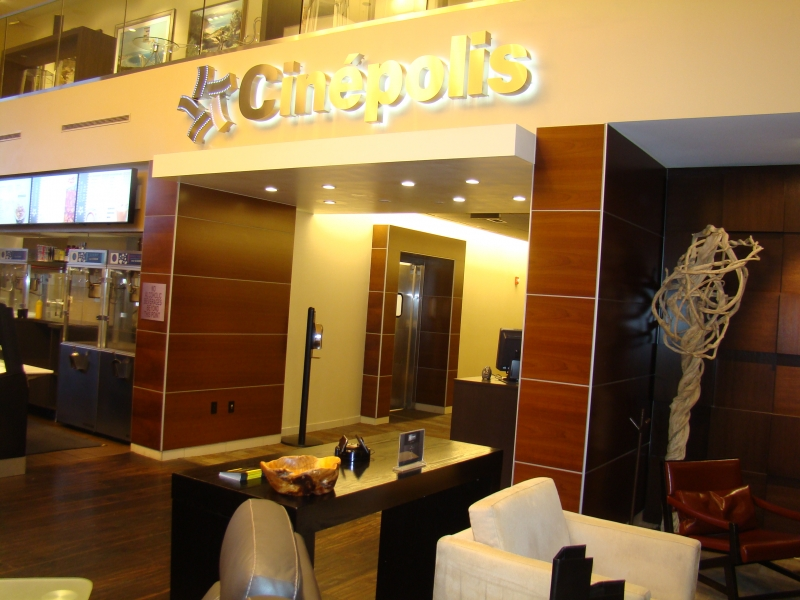 cinepolis-fonefill_10